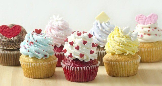 Reward Your Unicorn with Cupcakes